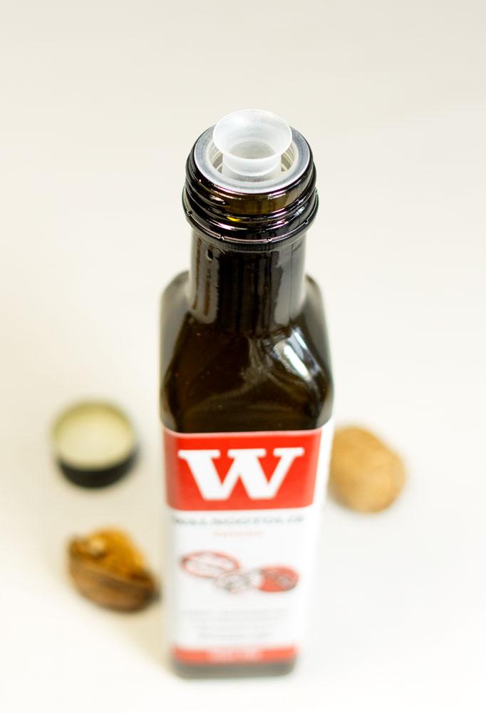 walnootolie schenkdop fles. Augustin's Amsterdam Augustins Walnootolie intens regulier mild licht biologisch
